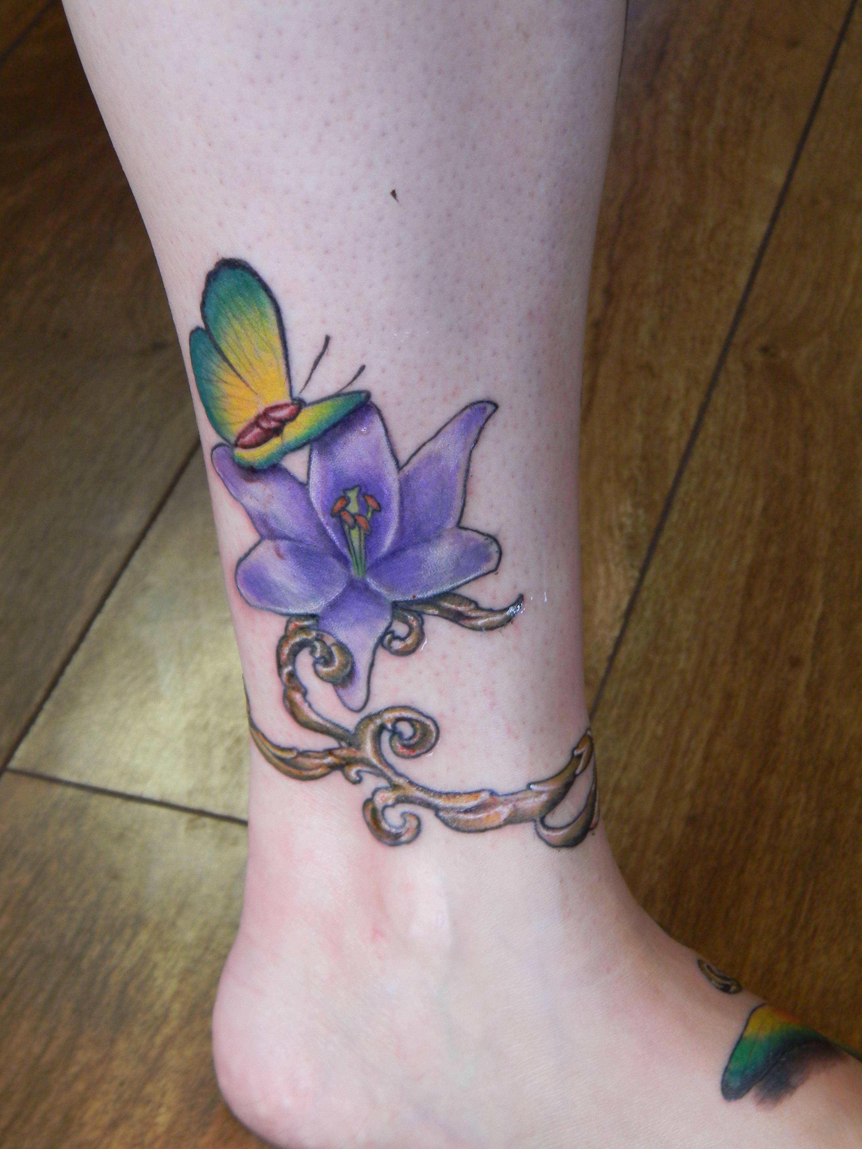 Santa rosa tattoo shop bohemian tattoo 170 raley 39 s for Tattoo santa rosa